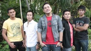AOP Band